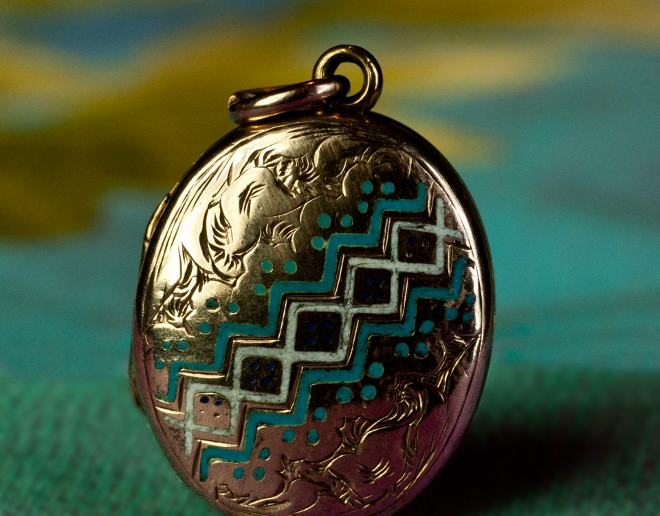 Engels medallion